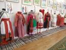 Экспозиция выставки русского народного костюма в Яковлевке