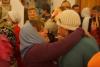 Добрая традиция храма Сорока севастийских мучеников - Пасху встречают объятиями и поцелуями.JPG