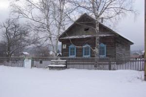 с. Булыга-Фадеево. Дом первопоселенца Марченко Тимофея Денисовича, 1910 года постройки. Фото 2014 г.
