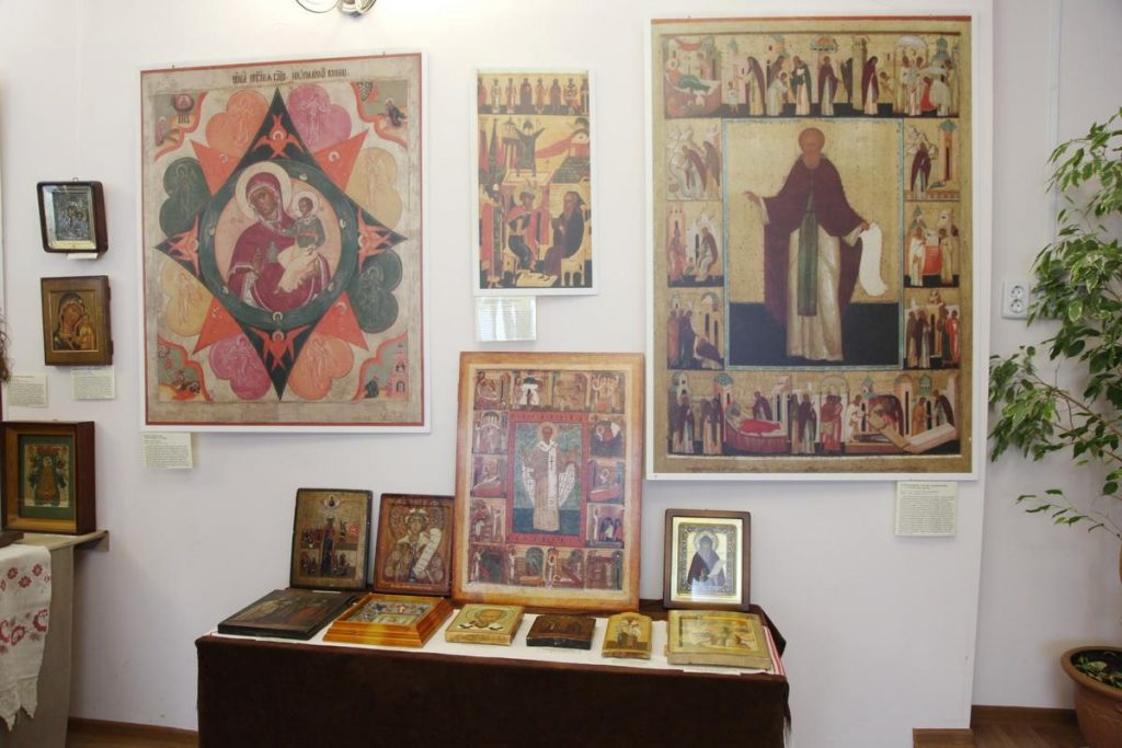 Экспозиция выставки в с. Яковлевка